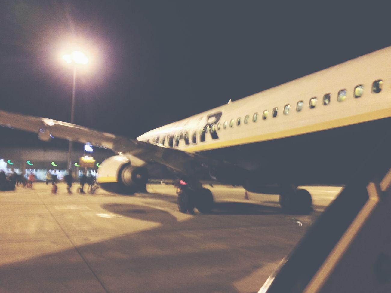Waiting. Lisboa Portela International Airport. 2014 Airport Lisbon Europe Ryanair TBT  Vscocam Love Awesome Airplane Boarding