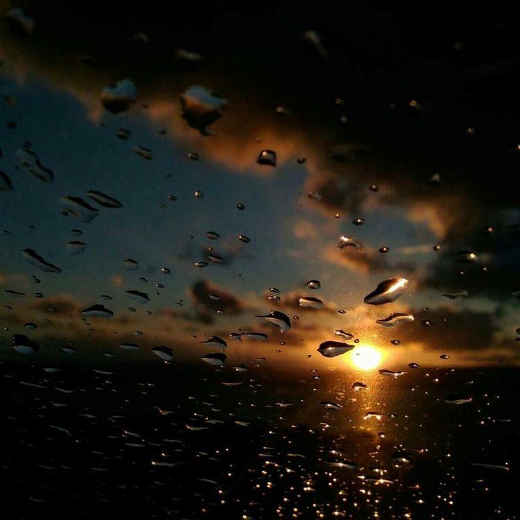 Luce dopo la tempesta Cloud - Sky Beauty In Nature Sunset Sardegnageographic Sardegna_bestsunset Tramonto Tranquility Naturephotography Photography Travel Photography Photo Passion Pioggia Gocce Goccedipioggia