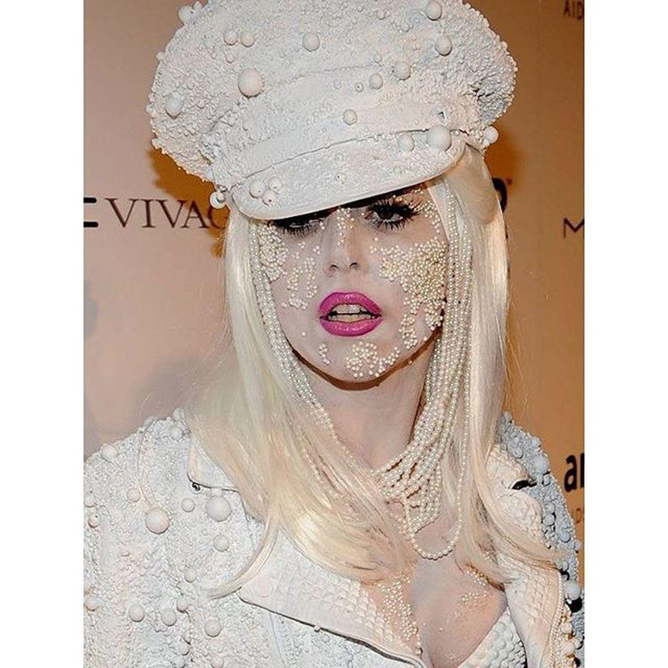 @ladygaga Ladygaga Gaga Tillhappenstoyou