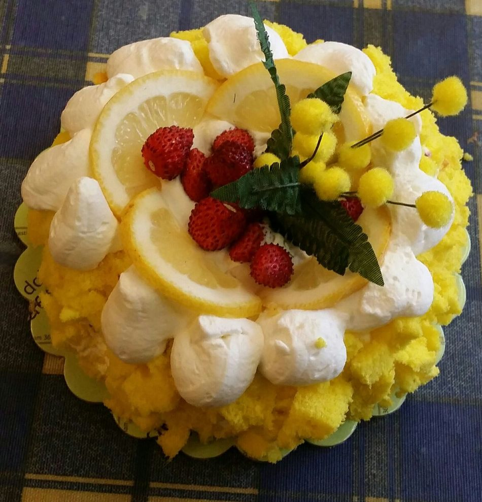 Tutti i giorni è la Festa Della Donna!!! Enjoying Life Something Yellow In Memory