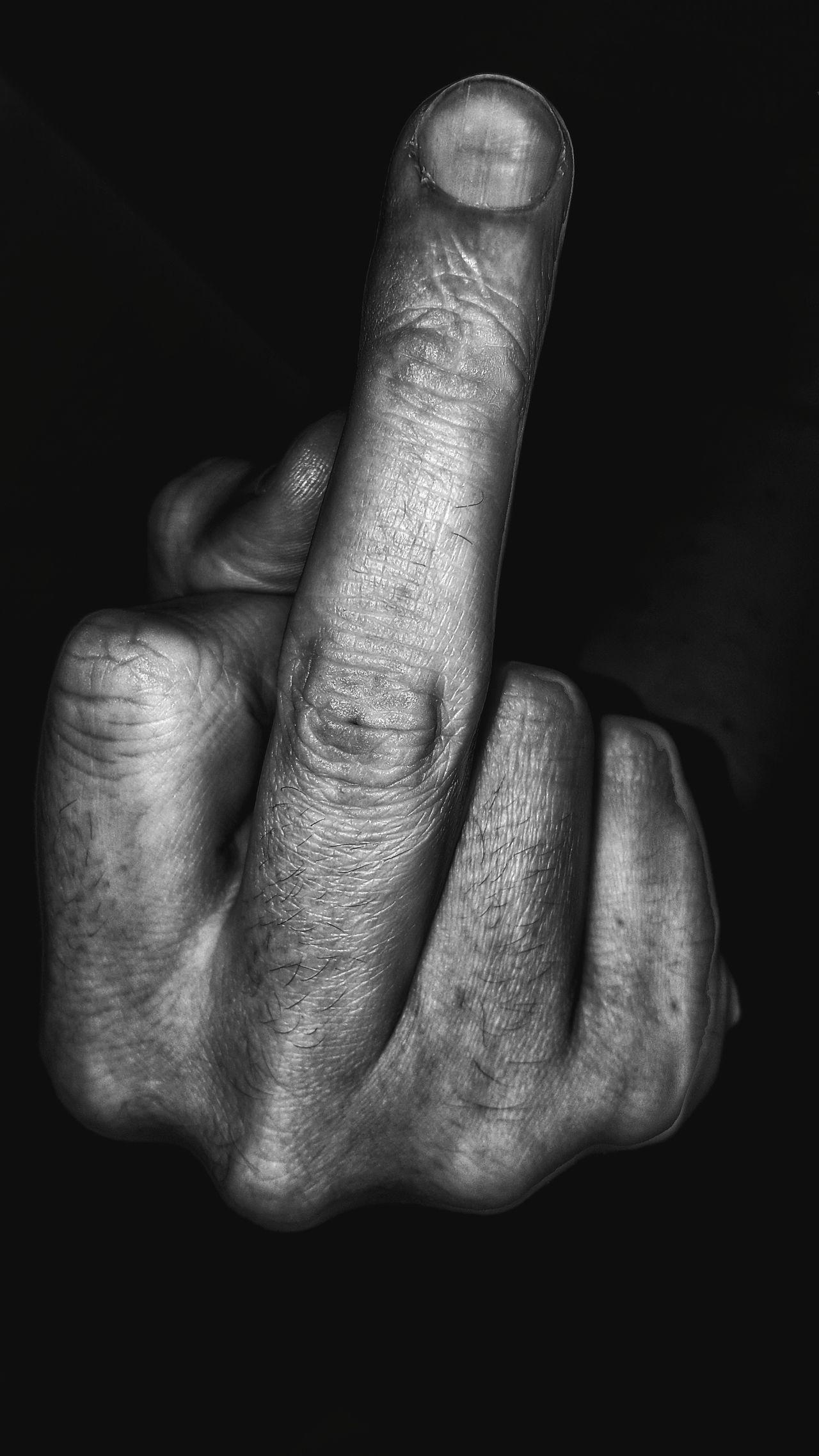 Human Finger Mittelfinger Mittelfinger Hoch Black Background Blackandwhite Dark Blackandwhite Photography