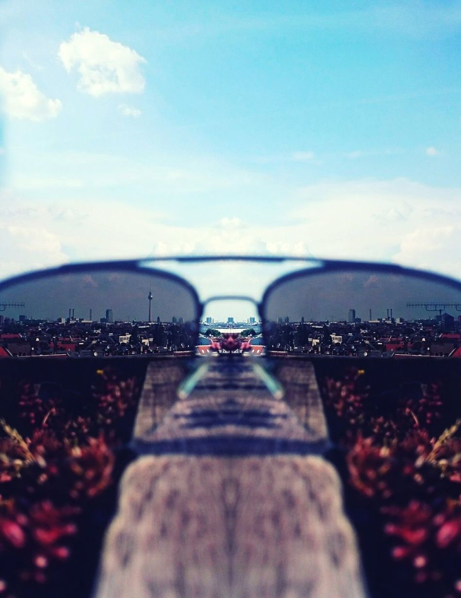 Through Sunglass - Urban Geometry Urban Exploration Panorama Cityscape Lifestyles Summertime Chillaxing Vintage Blur Close-up View From Above Capture The Moment Moments Of Life EyeEm Best Shots EyeEm Masterclass The Week On Eyem Perspectives And Dimensions Throughmyeyes The Secret Spaces