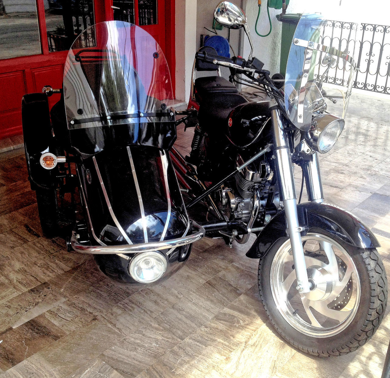 transportation, land vehicle, mode of transport, day, no people, stationary, indoors, motorcycle, close-up