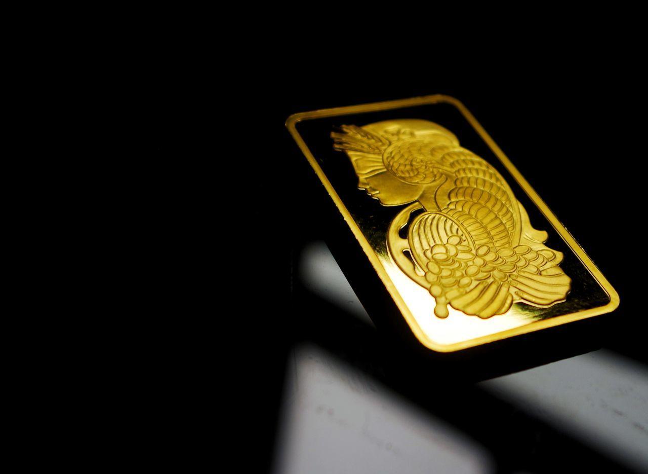 Close-up Gold Colored Gold Gold Bar Gold Bars Bokeh Bokeh Photography Goddess