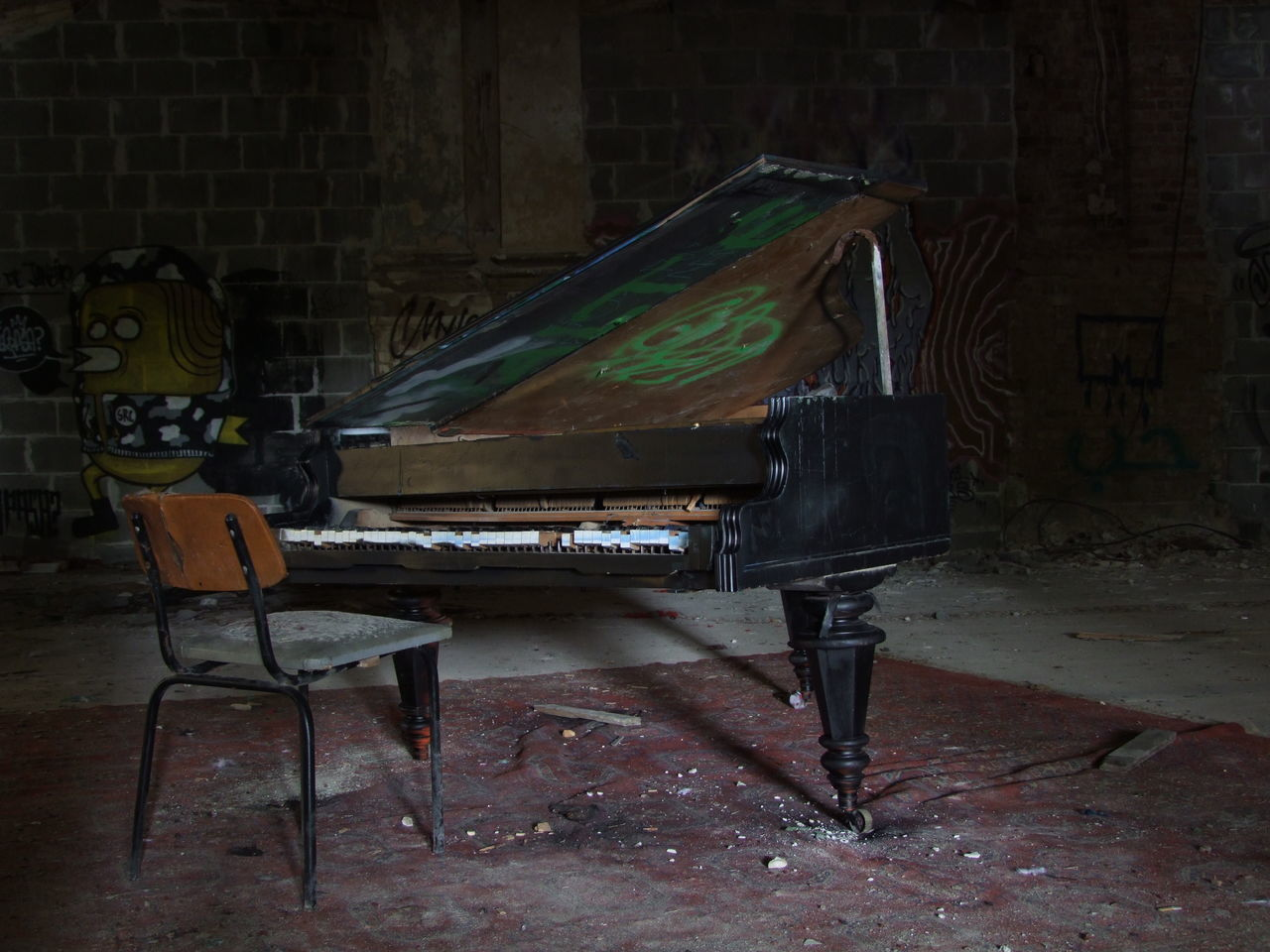 Abandoned Berlin Day Decazadorapresa Indoors  Music Musical Instrument No People Piano