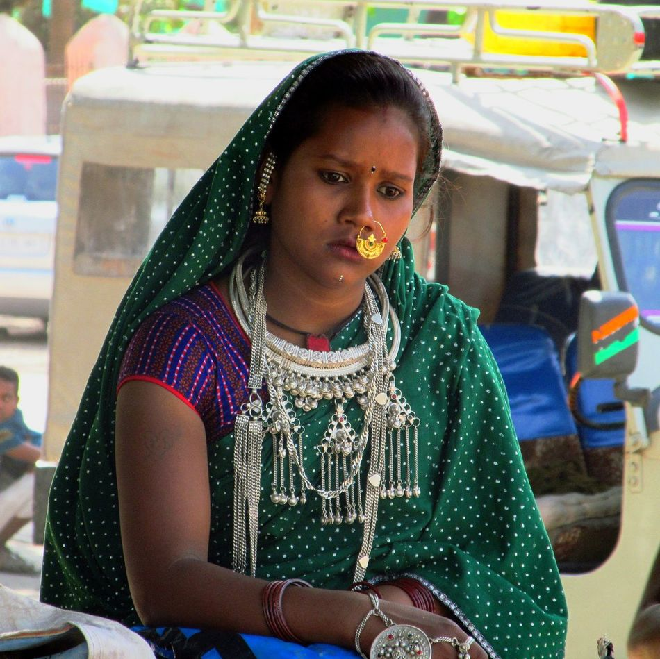 young women real people only women people Indian Tribel Mount Abu Rajasthan, India Jwells Potrait_photography Thinking About Life