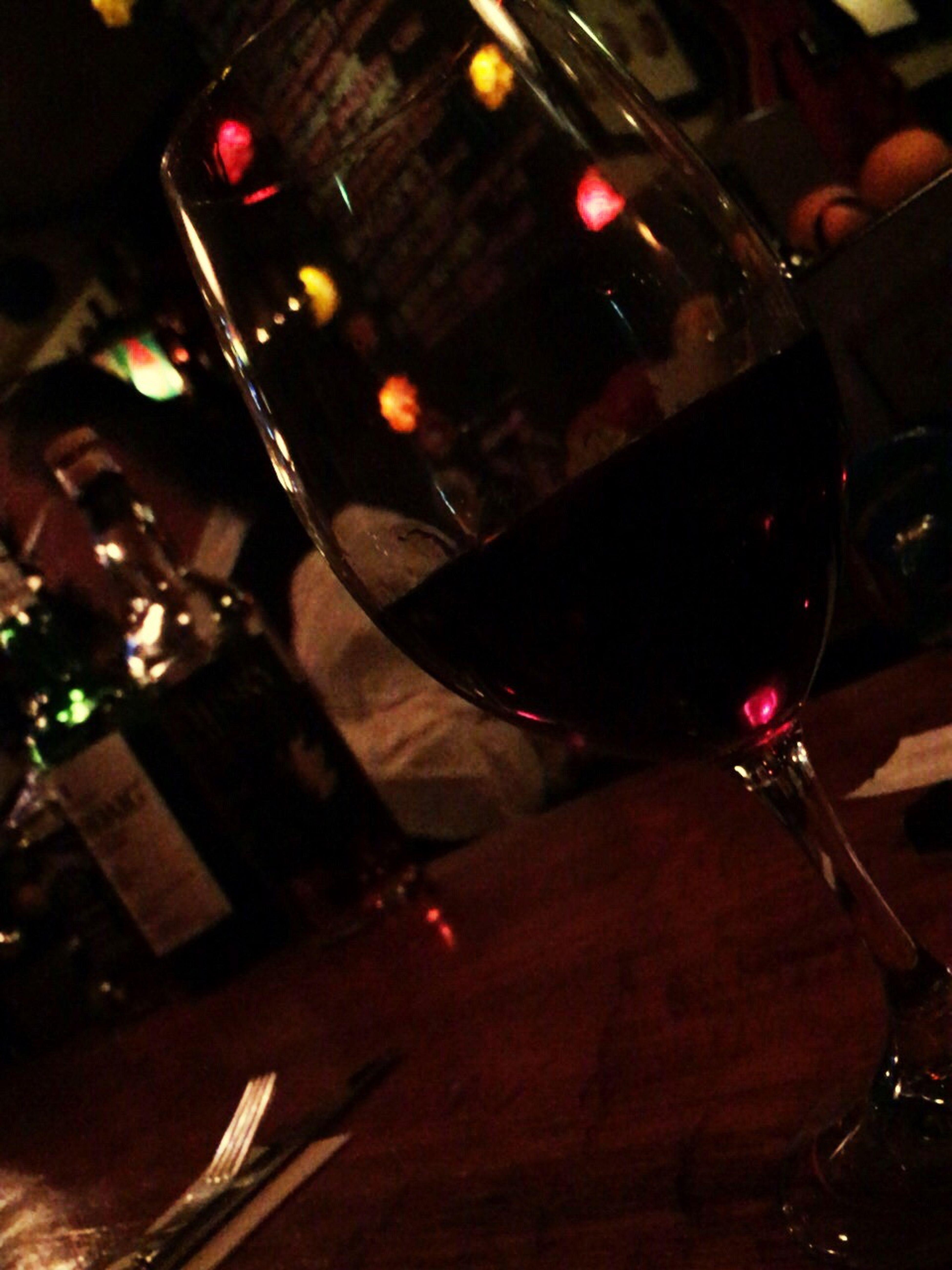 出張先の茨城の水戸にて。ご支援いただいている企業の受付嬢さんに教えていただいたBar。しゃれおつで美味しかったです❤︎❤︎❤︎ Bar Bar Counter Wineglass Red Wine Ibaraki Mito-shi Hello World Midnight Yummy