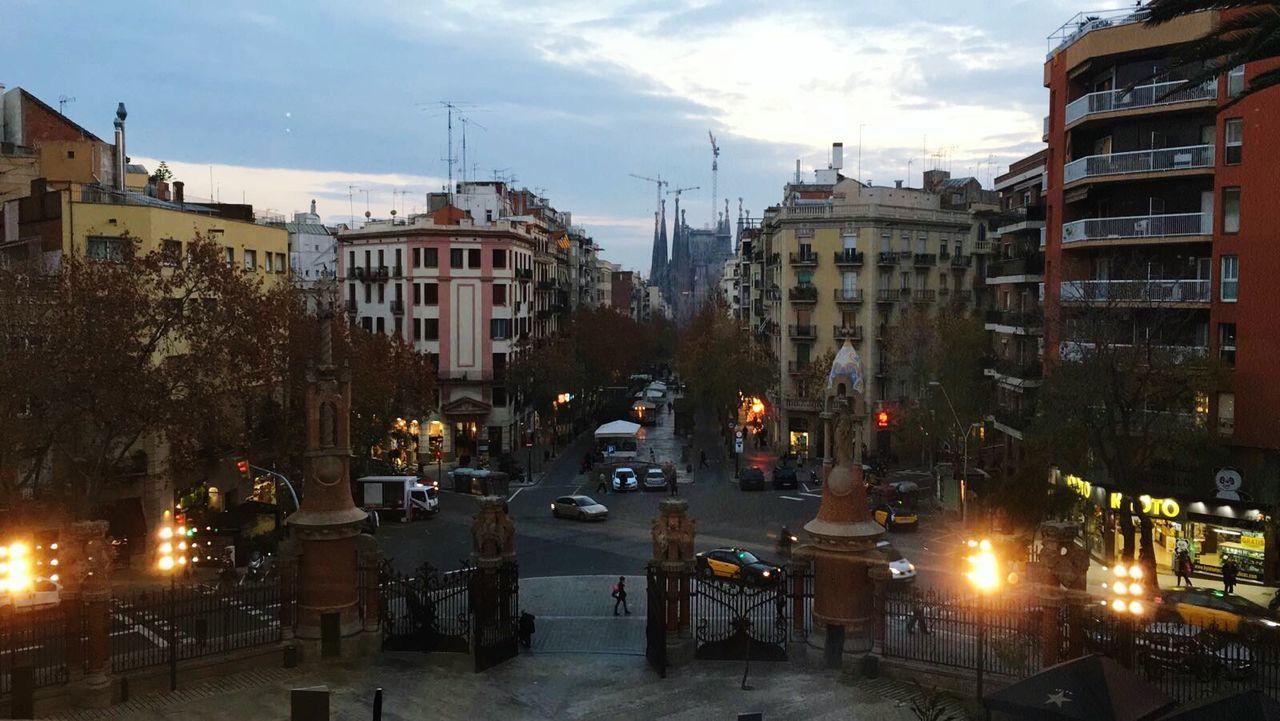 City Sky Illuminated Architecture Barcelona Hospitalsantpau