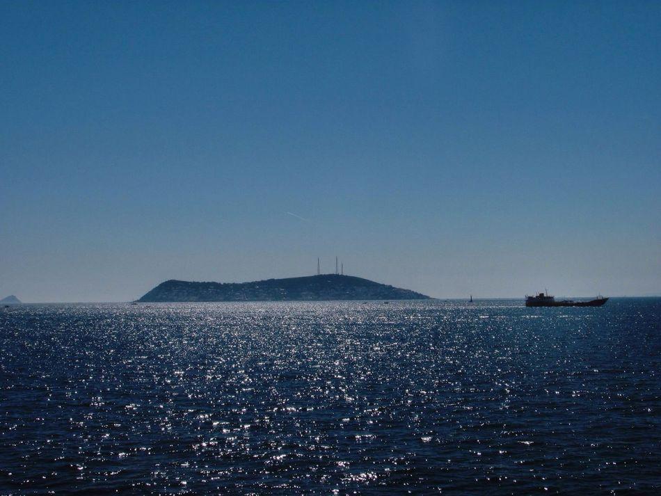 Marmarasea Deepblue 🐋🌊 Landscape_Collection Princeislands Streamzoofamily EyeEmTurkey EyeEm Gallery Sunshine Enjoying The Sun
