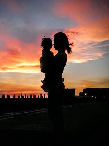 Sunset Two People Silhouette Togetherness Love Cloud - Sky Sky EyeEmNewHere Mother & Daughter