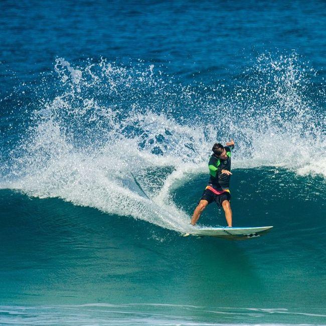 Surfing Surf Oahu Northshore North Aloha VSCO Canon Rocky Surfline Surflinelocalpro Hawaii Hawaiisurf Wave Break Picoftheday Stab Water Aqua Tropics Tropical Boardshorts Warm Palmtrees Sea daze @gil_keren tbt pacific