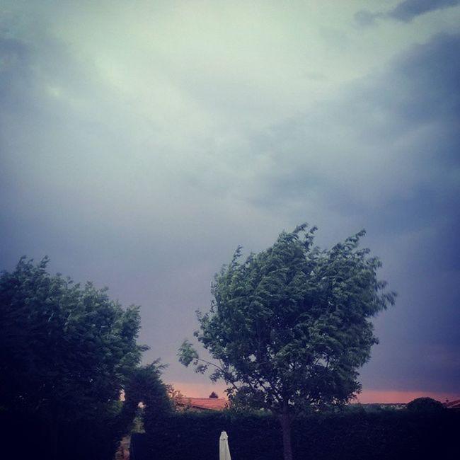 Amagos de tormenta Comunion Tormenta Nubes Villamayor Salamanca