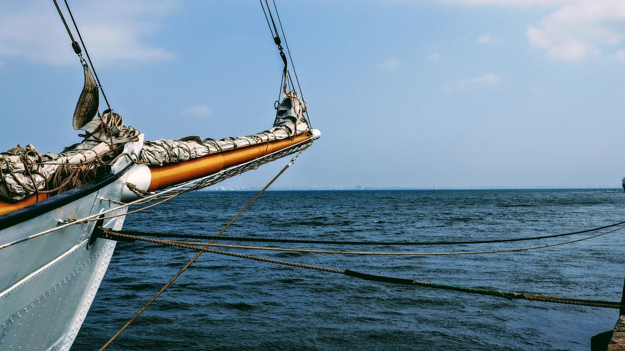 Beauty In Nature Boat Day Horizon Over Water Mast Mode Of Transport Nature Nautical Vessel No People Outdoors Sailboat Sailing Sailing Ship Scenics Sea Ship Sky Transportation Water Yacht