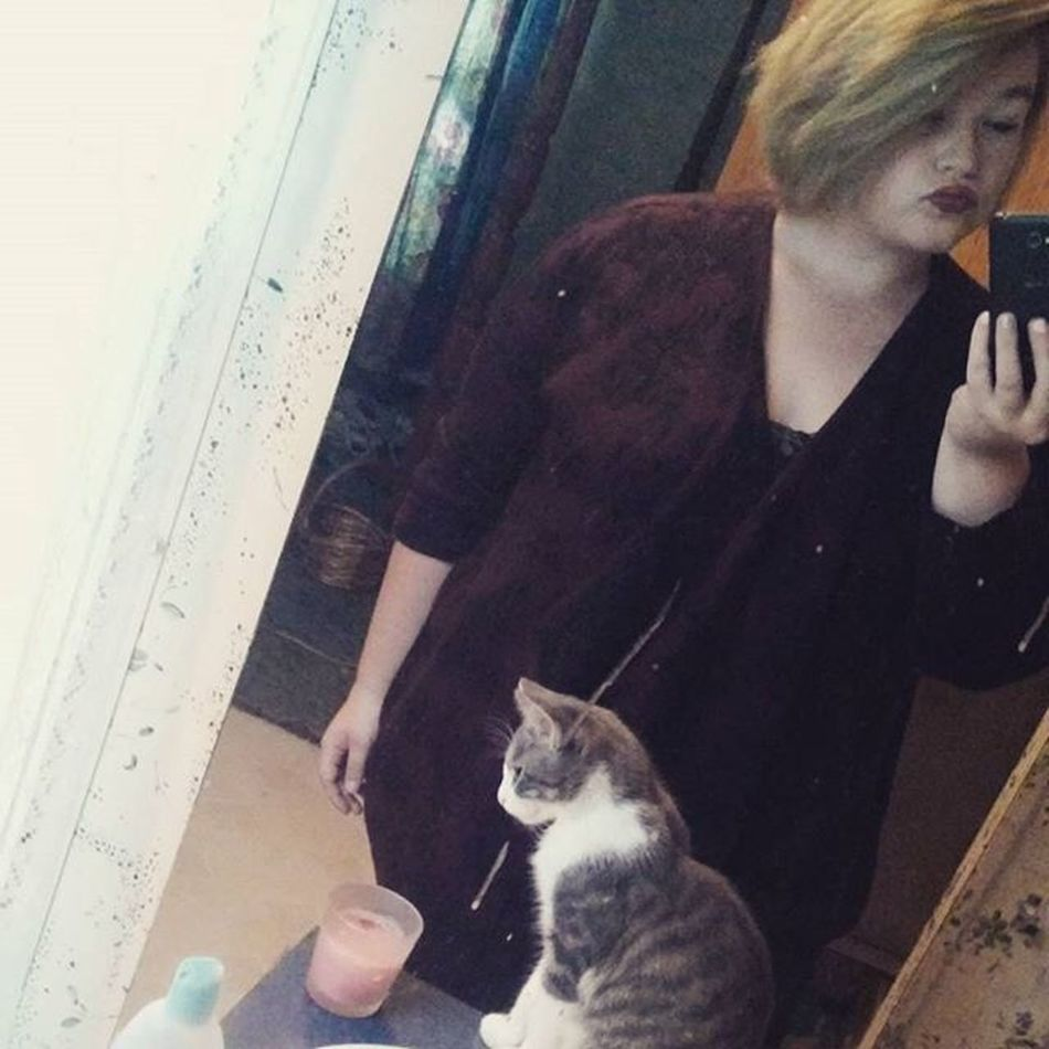 Just a little selfie with my cat before college!:) And plus I like my outfit haha Mybabycat NewOutfit Feelingreallycute CollegeGirl