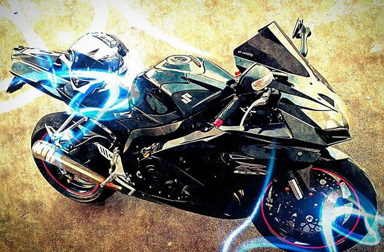 Motorcycling : power for your soul. Motorcycle_mafia Bikestagram Bikelovers Picoftheday Semimanubrirulez Superbike_italia Superbikesofinstagram Bikersaroundtheglobe Redlinemotorcycles Shift_life Suzuki GSXR750 Gsxr Bikers_around_the_globe Instabike Trackracerx Lovebikes