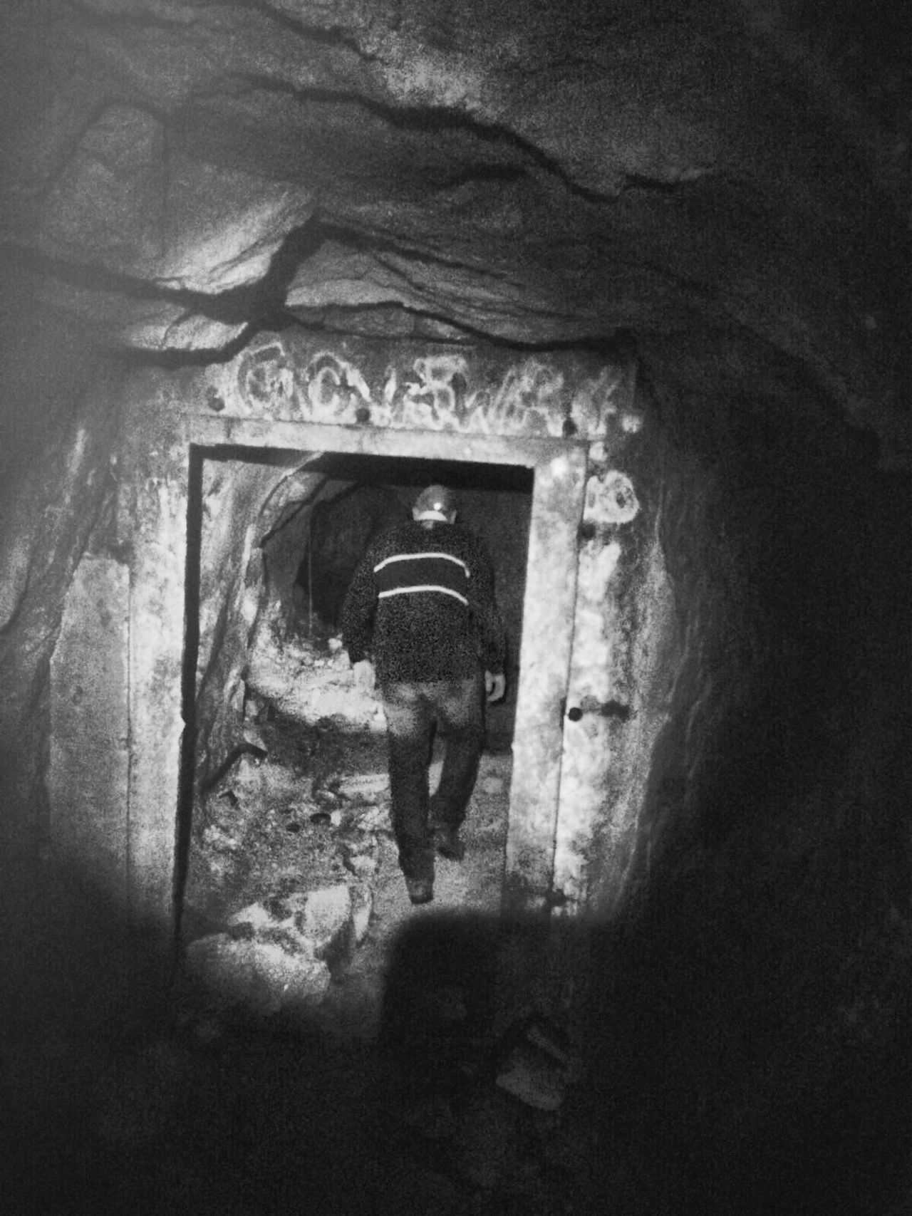 Cave History Modern Day Mining Mining Exploration
