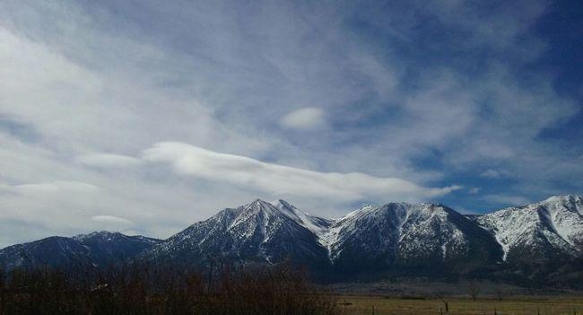 SnowPeaks Mountains Snow Snowymountain Mountain Range Nature Photography Outdoor Photography Sky Clouds Mountain Road California Outdoors Sierra Nevada Mountains