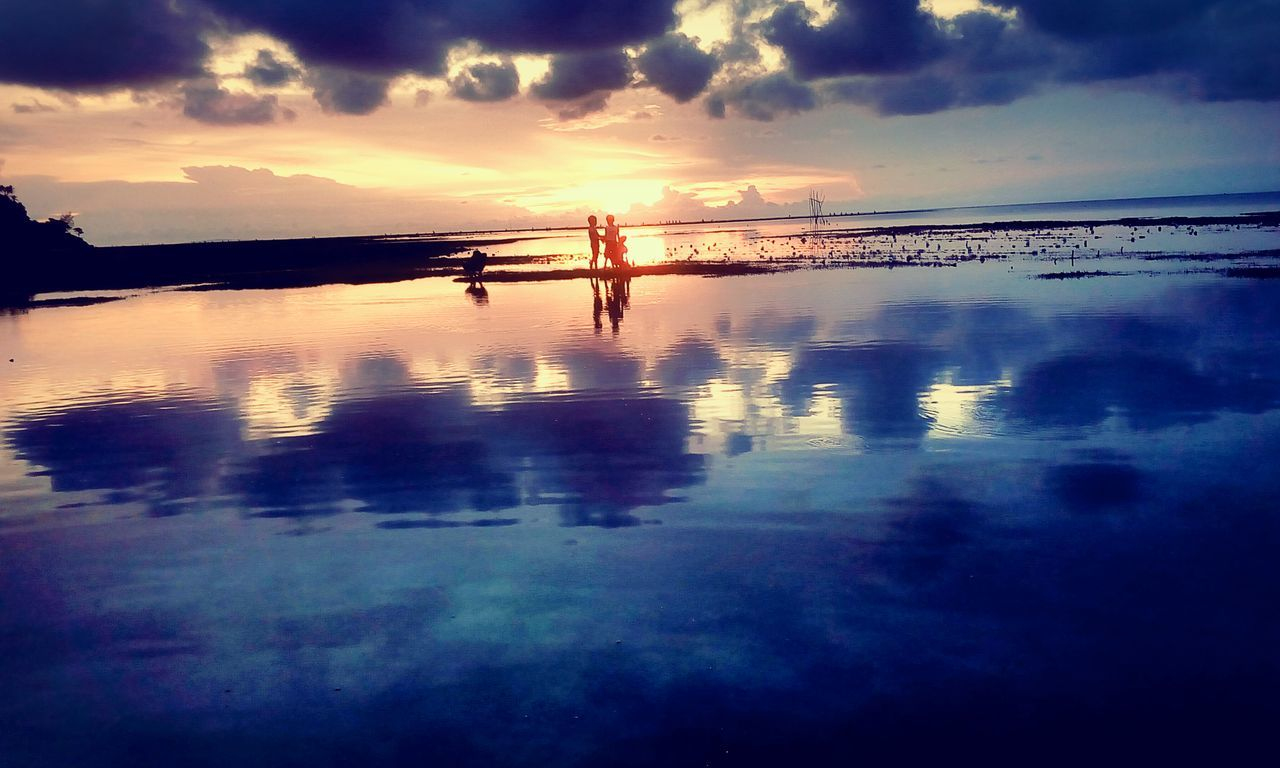 Philippines Sunset MalayAklan Nature Lowtide  Nature Photography Nature_collection Naturelovers Aklan Philippines Photos Aklanph Cinema In Your Life Telling Stories Differently Living Life Sunset_collection Sunset #sun #clouds #skylovers #sky #nature #beautifulinnature #naturalbeauty #photography #landscape