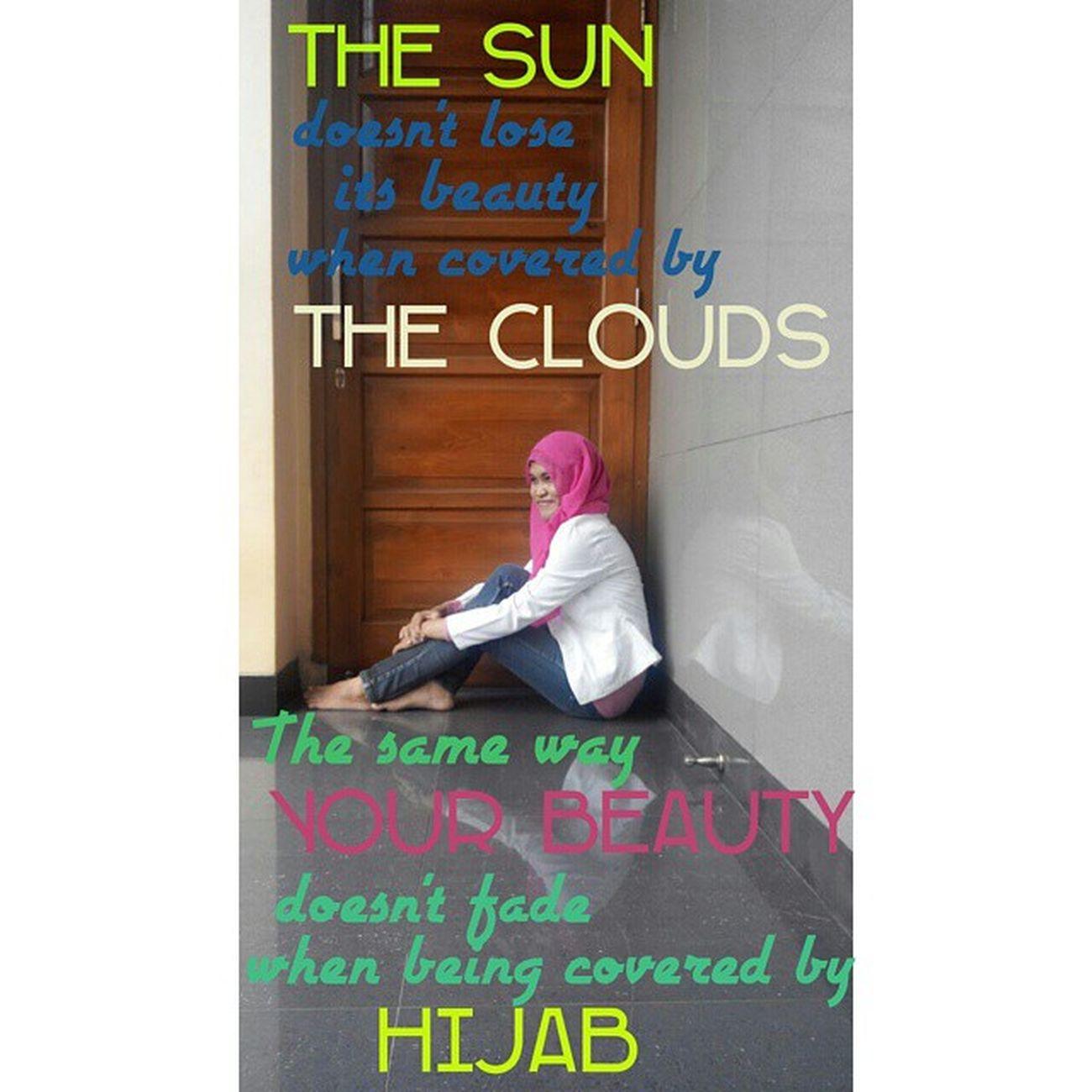 INI hijabku mana hijabmu