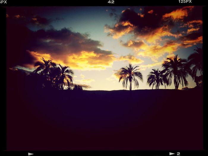 Skyporn bello paisaje en mi Quito...