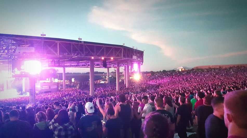Blink182 Illuminated Large Group Of People Night Crowd Performance Arts Culture And Entertainment Lighting Equipment Nightlife Concert Stadium Event Stage - Performance Space Enjoyment Light Person Spotlight Pink Color Fun Togetherness Electric Light Purple