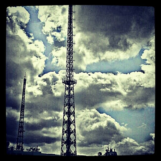 Touch The Sky... #ikres #sky