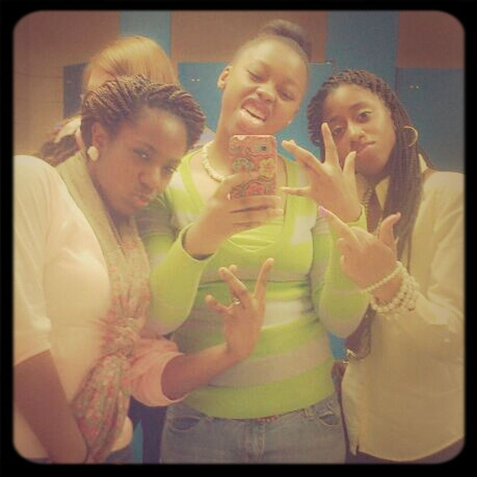 this ain't for no fck nigga, if you a real nigga then fck w/us (;