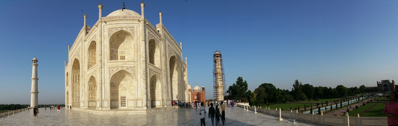 Taj Mahal India Panorama Place Of Worship Architecture Pilgrimage Travel Destinations Clear Sky Mausoleum Panoramic Photo Sky Outdoors Archival Tree Religion Sculpture Day Statue People Representing Human Body Part Adults Only Adult