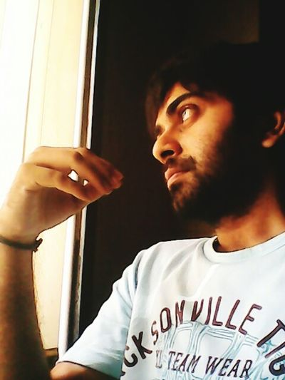 Me Gud Evng Scripting Smthin 🎈👻 Lost In Thought...