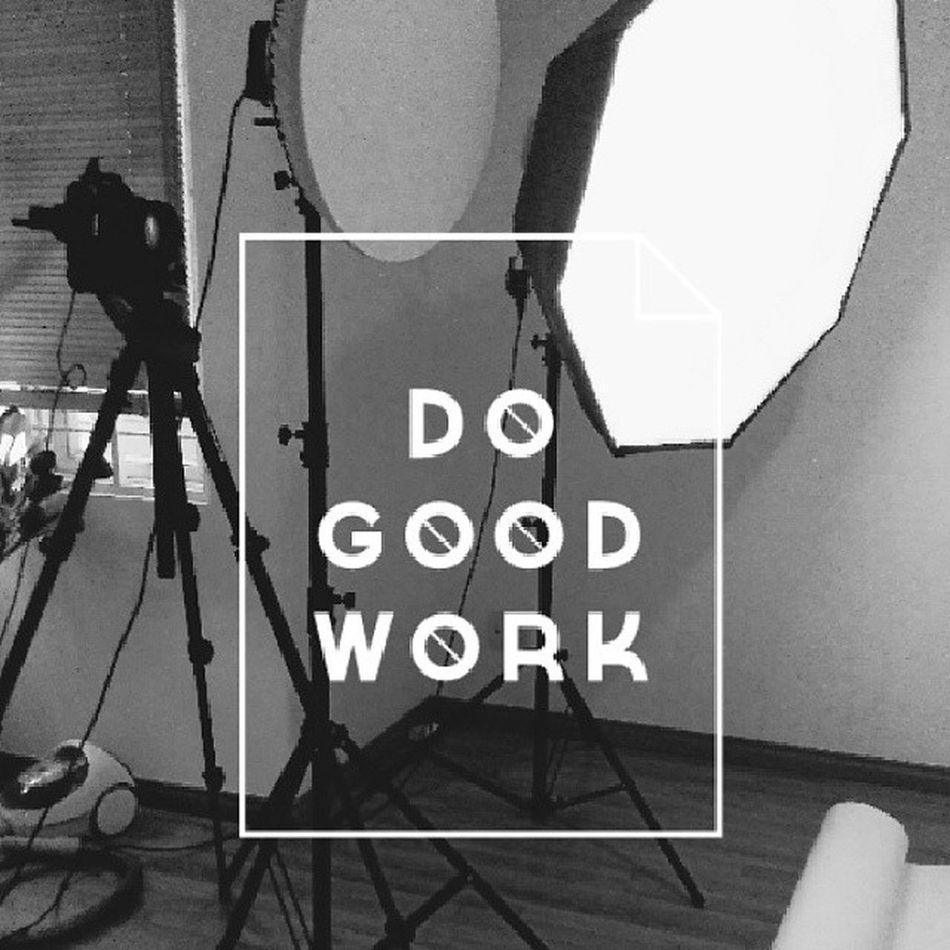 On set Productshooting Lights Peoniesboutique Studio working job vscocam vsco studioapp