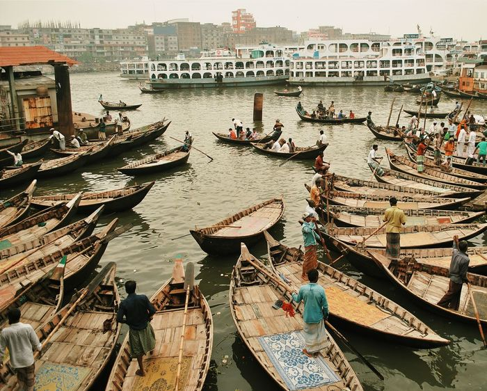 """""""No border, no shore, the river has no limits. Steer it most cautiously, boatman, this boat of mine with a broken rim. You have set me adrift, you are causing me to drown. The river seems endless as if there were no shore."""" - 🎵 Aamay Bhashaili Rey - Alamgir 🎵 Dhaka Dhakagram Dhakadiaries DhakaMorning Bangladesh Bangladeshigram BeautifulBANGLADESH Boat Ride Buriganga River Nikonphotography Nikon Nikonphotographer First Eyeem Photo EyeEmNewHere"""