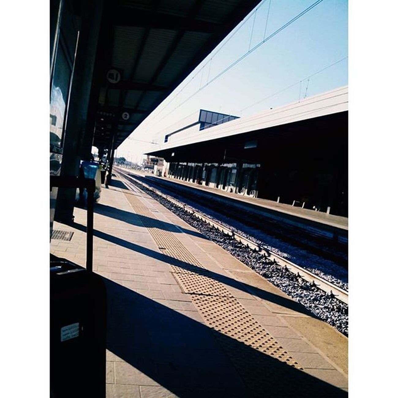 •Il treno senza fermate.• Termoli  Stazione Fermata Treno Binari Binario Distanza Fuckdistance Nocrop Aviary Retrica Lei Meow Cool Photo Ph Pic Picoftheday Instapic Instacool Instalike Instalife L4l F4F Life day images sun luce ombra