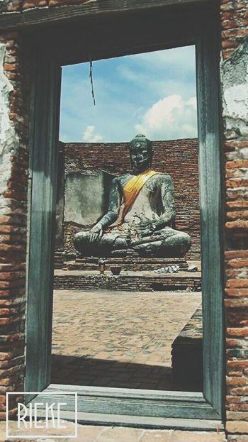 Ayutthaya - Vintage Flair Traveling Buddha Statue EyeEm Best Edits EyeEm GalleryShootermagWeAreJuxt.comSabbaticalSouth East AsiaCheck This OutAMPt_communityInstatravelSteph FilterWanderlust