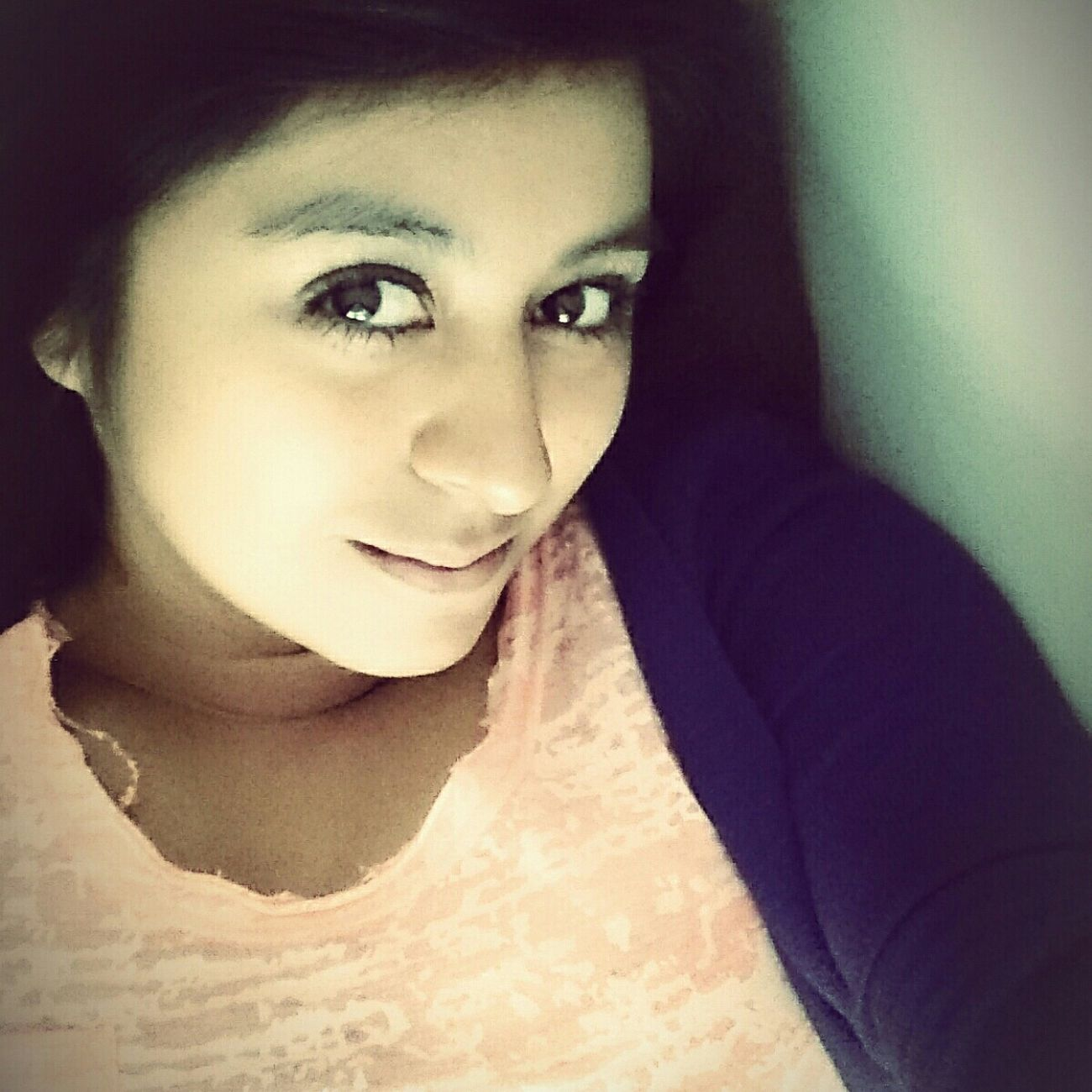 Bonita Linda Ojitos<3 Selfie ✌ *-* Ojasos De La Niña<3 BlackHair♠♣ Casual Look