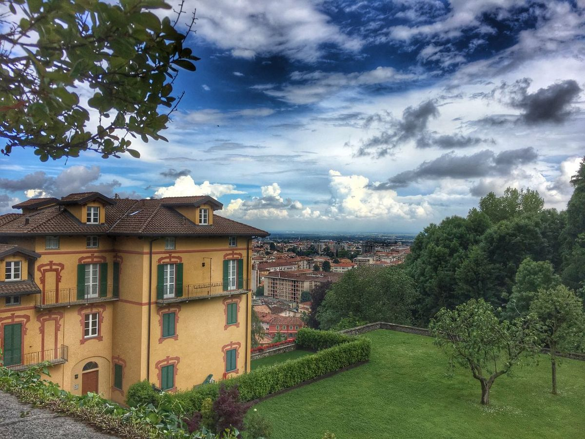 Taking Photos Sky Sky And Clouds EyeEm Best Shots - Nature Italy EyeEm Italia EyeEm Best Shots EyeEmBestPics Biella Piazzo City View  Panoramic View Clouds And Sky Beautiful View EyeEm Nature Lover Naturelovers Clouds Eye4photography  Hanging Out