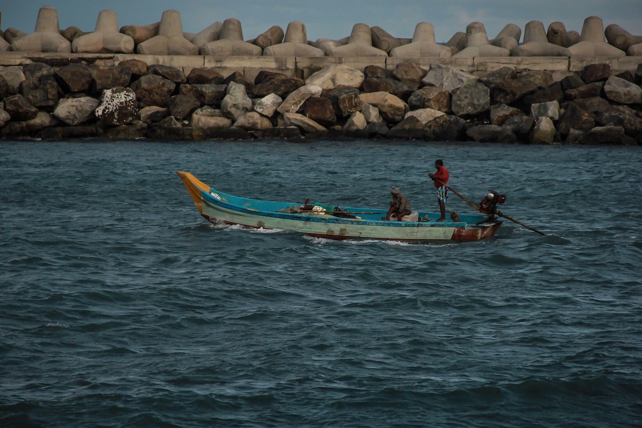 Sea Water Men Boats Fishermen's Life Fisherman Boat Rock Blue Waters Amazing Life Enjoying Life Fishersmen On Sticks Boat Trip Boat Life at Ennore Beach Chennai,India