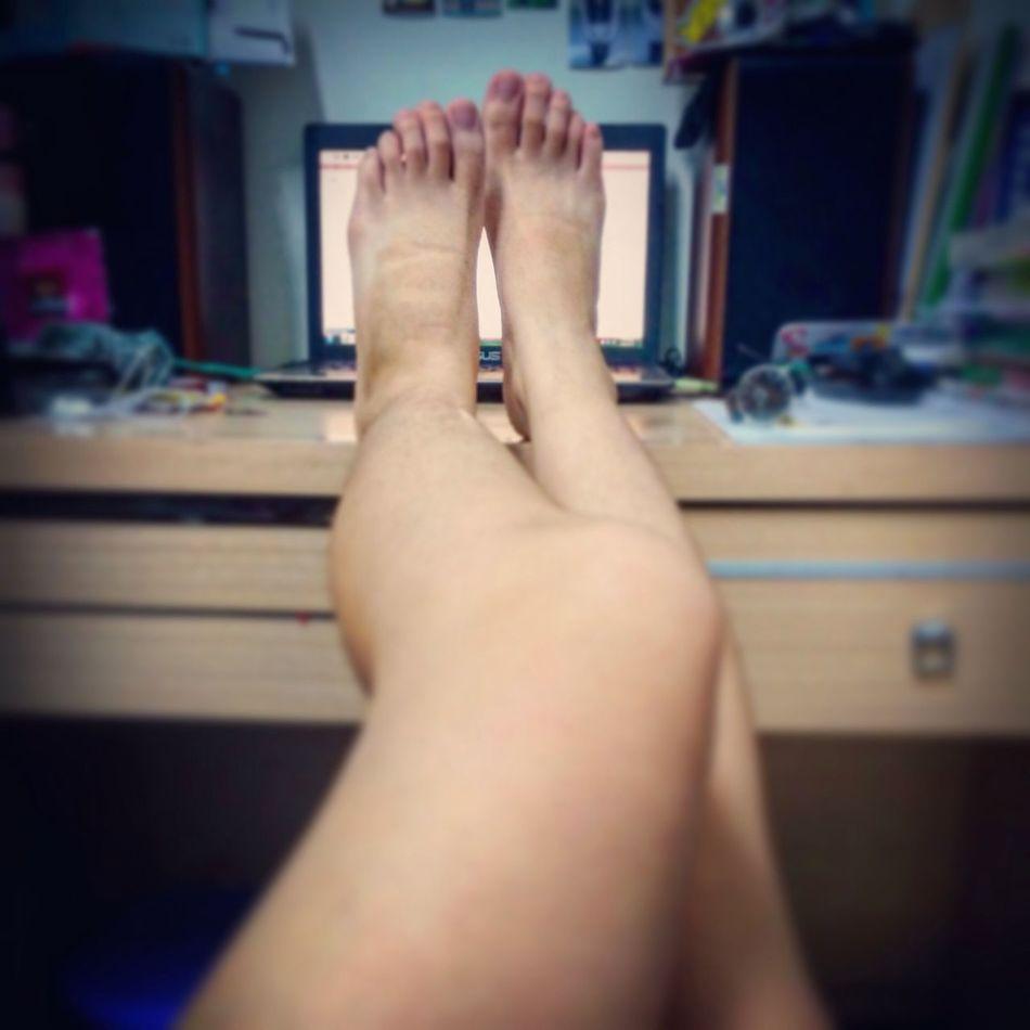 9 / Trippen Shoelaces Sunburn My Legs