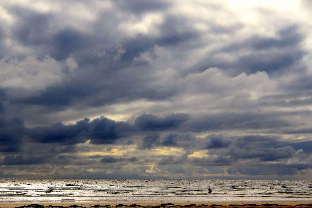 Tullanstrand Surfing Sunset 43 Golden Moments