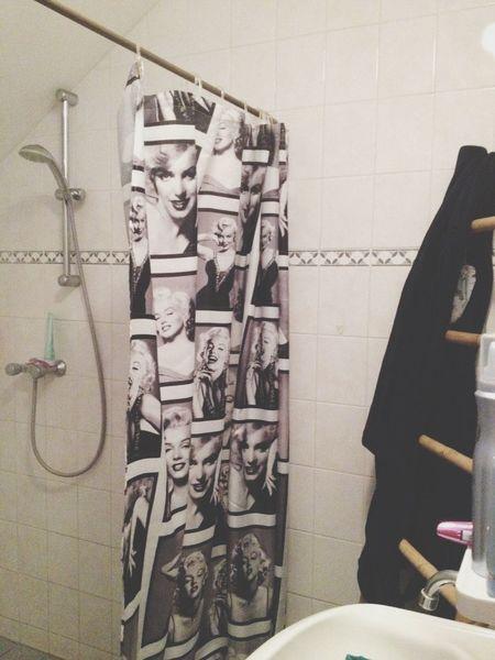 Taking A Shower Marilyn Monroe Curtain Hot Shower