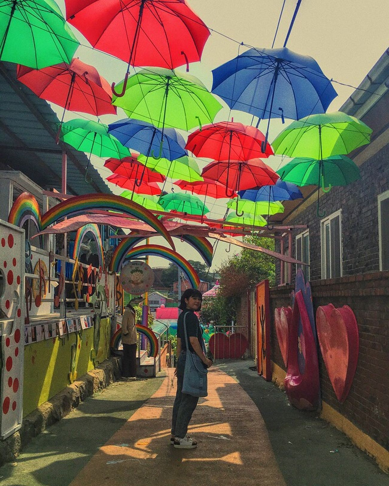 Korea Multi Colored Full Length Walking Real People Adult People Adults Only Women Only Women One Person Men Outdoors Day Architecture City Yes Real View Unbrella Colors