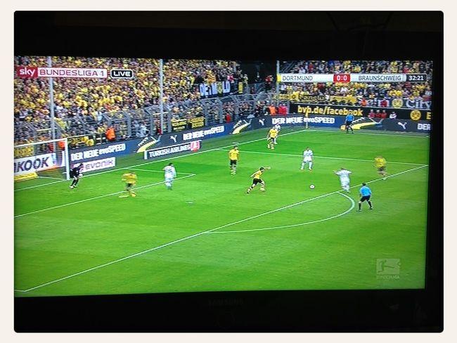 BvB Eintracht Braunschweig Watching Football
