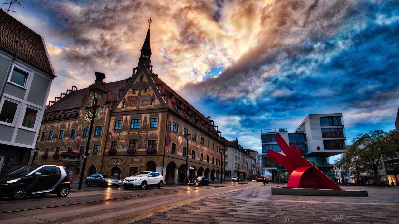 Sunset in Ulm Architecture Building Exterior Transportation Built Structure Street Cloud - Sky Sky City Outdoors Cloudy Day Urban Urbanphotography Streetphotography Street Photography Herbststimmung Canon 70d Deutschland HDR