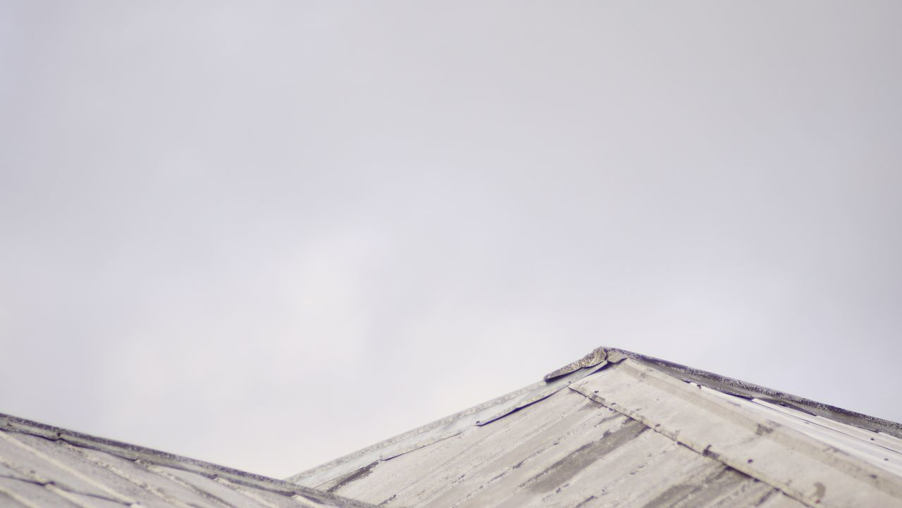 Metal mountains Architecture Low Angle View Building Exterior Built Structure Architecture Low Angle View Construction Architectural Feature Rooftop Roof Grey Grey Sky Pattern, Texture, Shape And Form Outdoors Calm Sony A6000