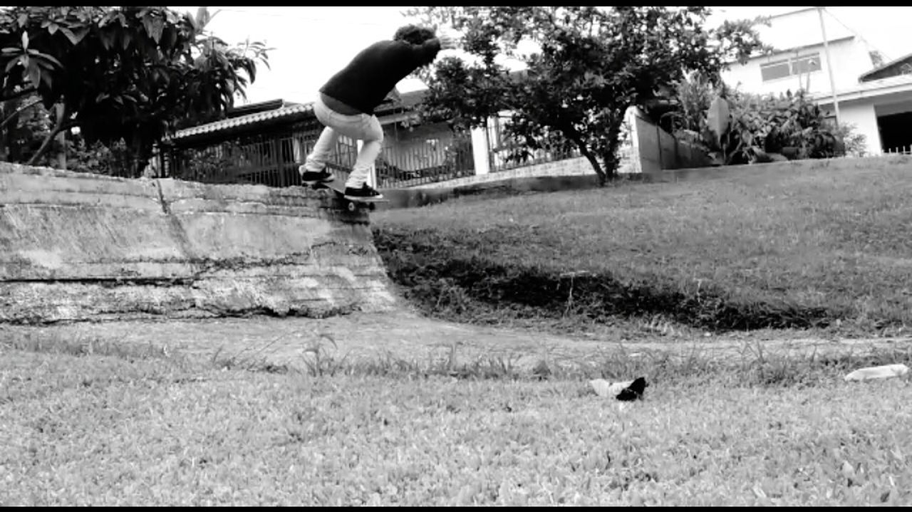 Hard Place Skateboarding Bad Places Skate this is a ugly spot jajaja xD