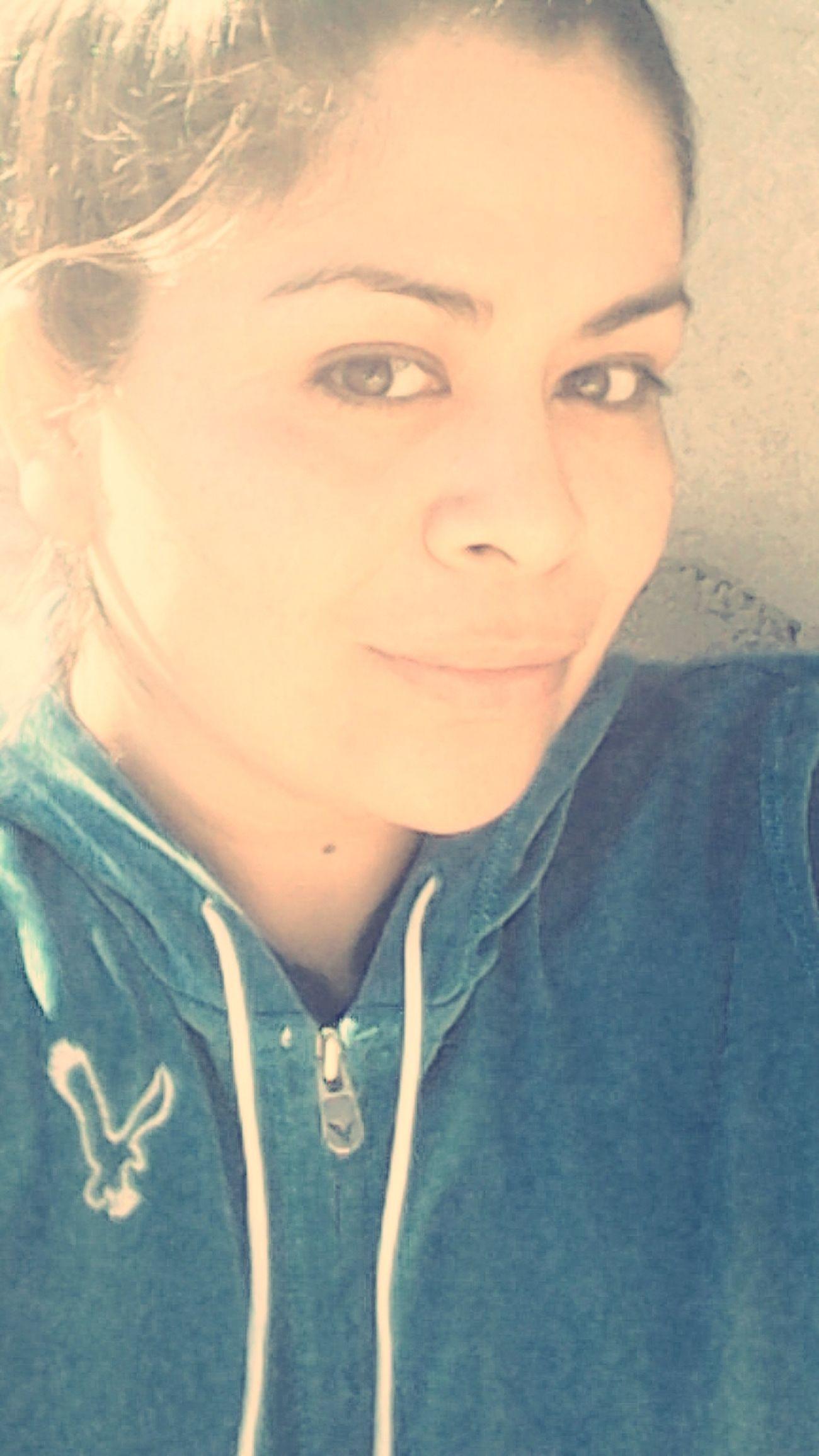 Aburrida ❤✌ That's Me Hello World Sad :(