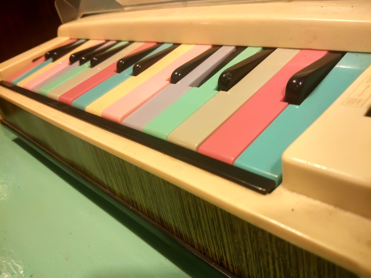 Keyboard toy instrument Close-up Fun Indoors  Instruments Multi Colored Multicolors  Music Musical Instrument No People Piano Plastic Toy Variation
