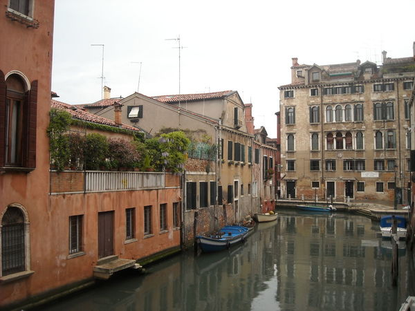 Italy❤️ Amazing Architecture Riverbank Riverside River View Old Street Bridge Reflection Old Buildings Old Houses Building Closeup Attached Buildings Streetphotography Windows And Doors Damaged Wall Brick Wall Old Walls Old Wall Style Romantic❤ Europe Trip Alleyway Venice Baroque Reinessance Classiccanal