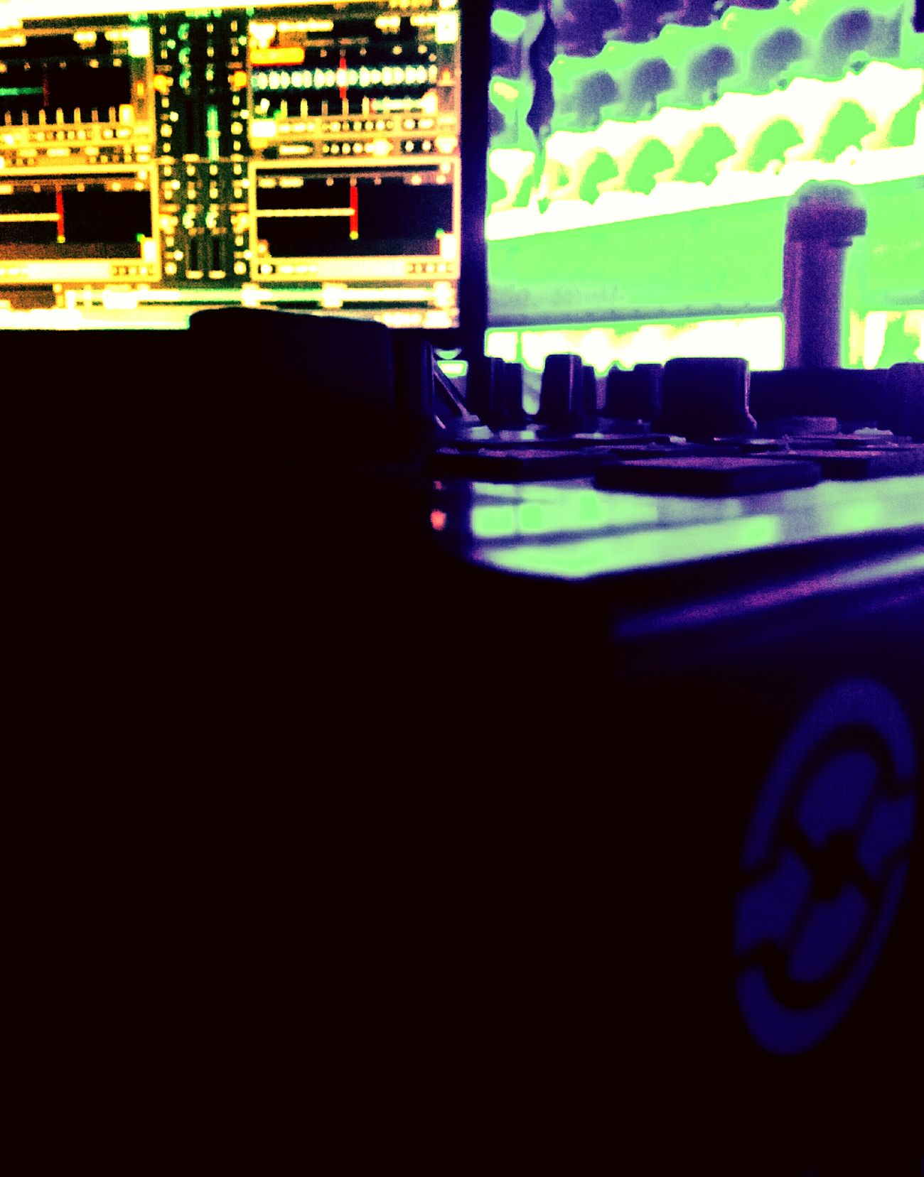 Studio Making Music Making Memories Green Color Studio In My Cellphone Studiolight Filtered Image Mobilephotography Music Brings Us Togheter Collors Light Room Lights