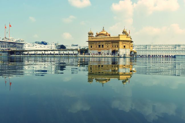 Its always feel amazing to be there.. so peaceful and relaxing.. Myfavoriteplace Favorite Places Golden Temple Amritsar Punjab Travel Destinations Architecture Reflection Sky Water History Horizontal Cloud - Sky Peaceful Place Soulful Gold Holywater  Compassion Religion Religious  Sikh Temple