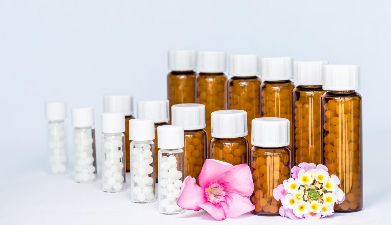 Beautiful stock photos of medizin, Arrangement, Bottle, Capsule, Choice